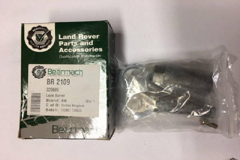 Safari Engineering Land Rover Specialist Hampshire - Barrel Lock And Key Set - Bearmach BR210 - Land Rover Series 2 Series  2A & Series 3