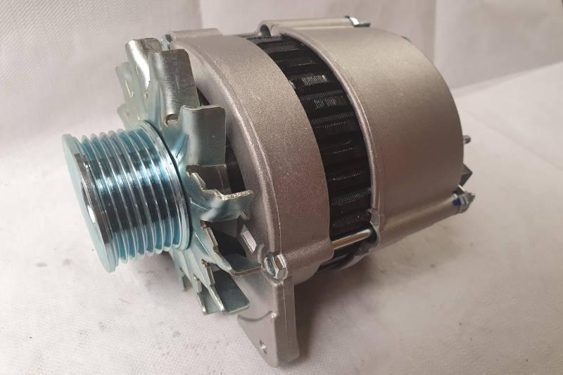 Safari Engineering Land Rover Specialist Hampshire Eversley - Alternator A127 65A - 300TDI Defender 90 & Defender 110 - Bearmach Part No. AMR4249R