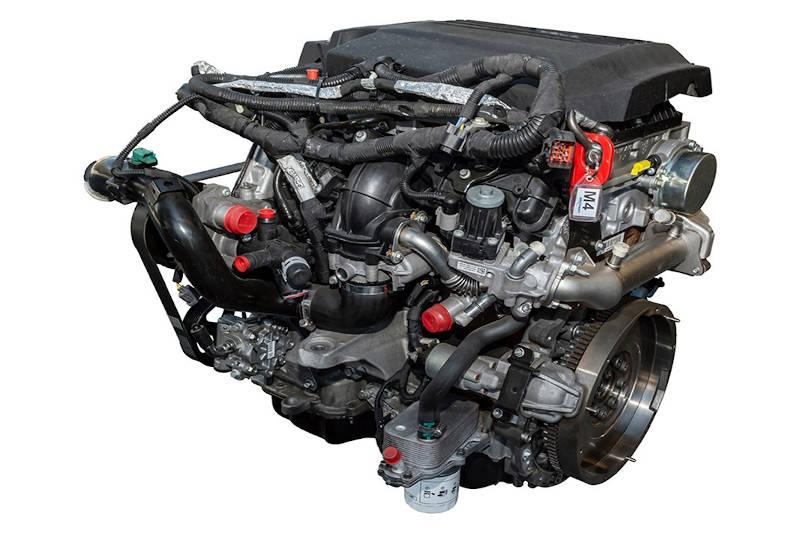 Safari Engineering Land Rover Specialist Hampshire Eversley - New Complete Engine to Fit Defender 2.2L Puma - Britpart DA1183COM