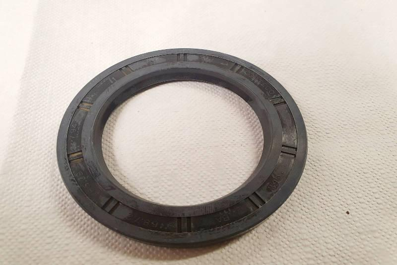 Hub Oil Seal - Land Rover Series