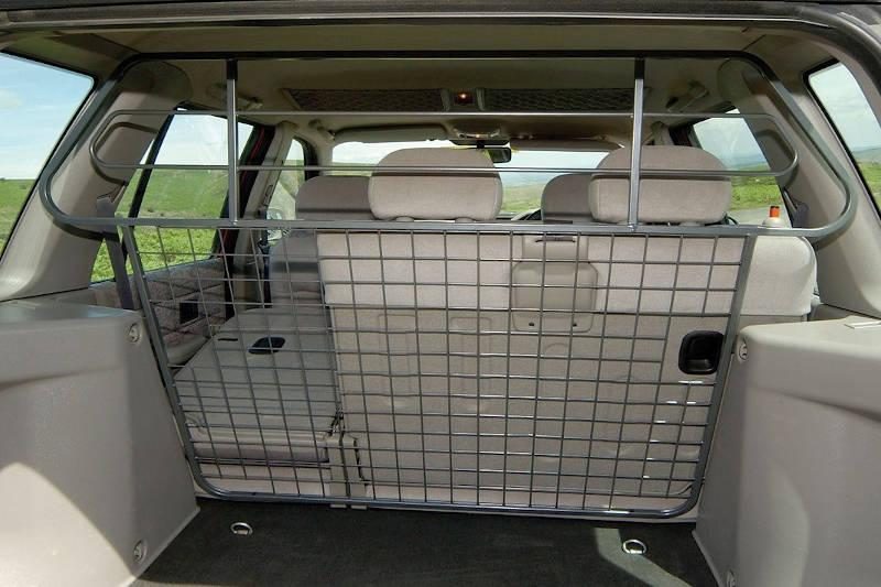 Safari Engineering Land Rover Specialist Hampshire Full Height Grey Mesh & Bar Type Dog Guard To fit Freelander 1– Britpart STC7939AB