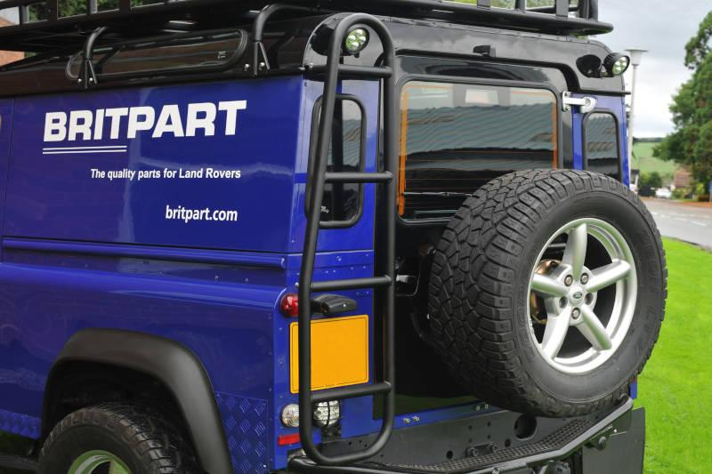 Safari Engineering Land Rover Specialist Hampshire Black Safety Devices Roof Access Ladder to fit Defender 90 & Defender 110 – Britpart DA4710