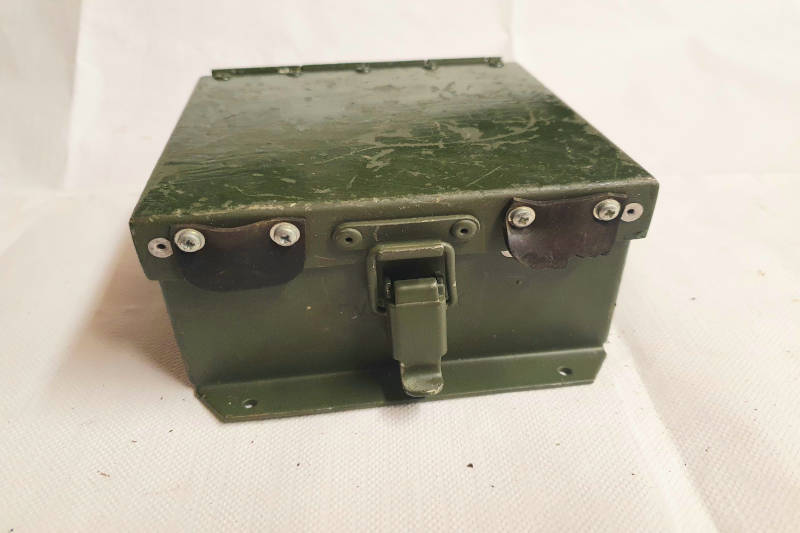 Safari Engineering Land Rover Specialist Hampshire Eversley – Clansman Military Wing Antenna Box - Series Half Ton Lightweight & Wolf 5820996370735