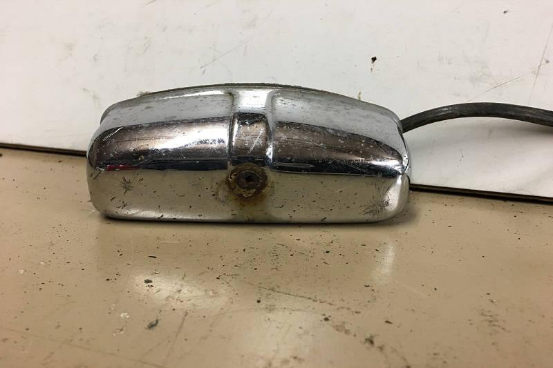 Safari Engineering Land Rover Specialist - Land Rover Series 2, Series 3, Defender 90 & Defender 110 - Number Plate Light - Second Hand Part Number XFC100550