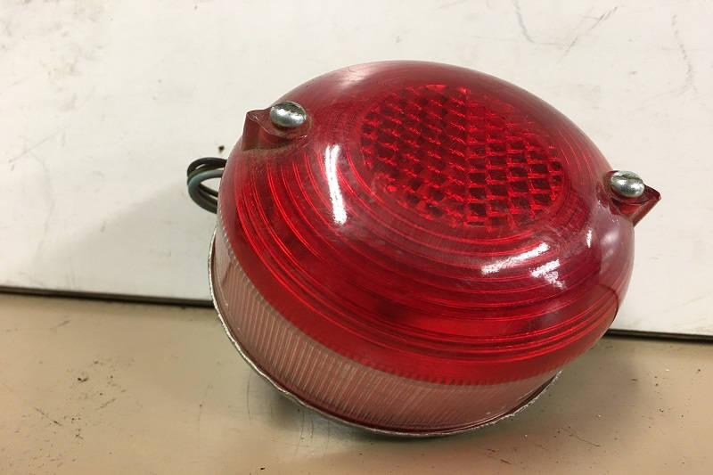 Safari Engineering Land Rover Specialist Hampshire - Land Rover Series 1 and Series 2 Rear Stop Tail Light Lens Part Number 589446