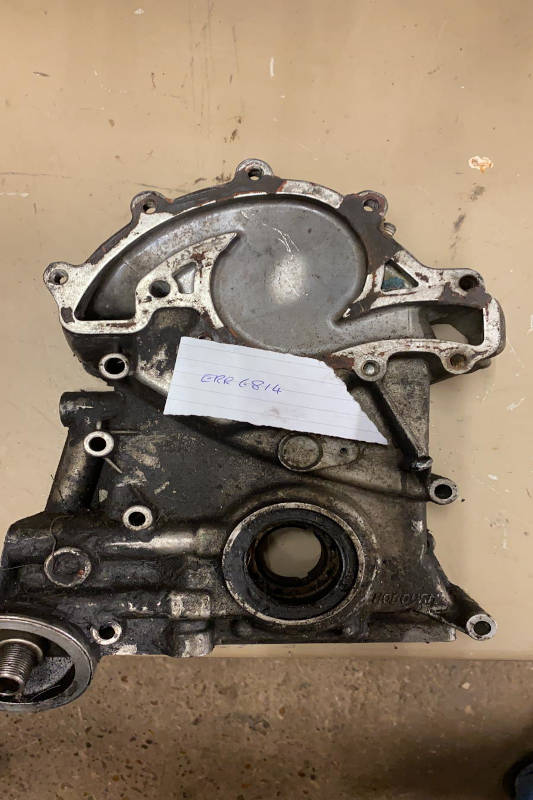 Safari Engineering Land Rover Specialist Hampshire Eversley – Engine Timing Chain Cover To Fit Discovery 1 1989 - 1998 - ERR6814