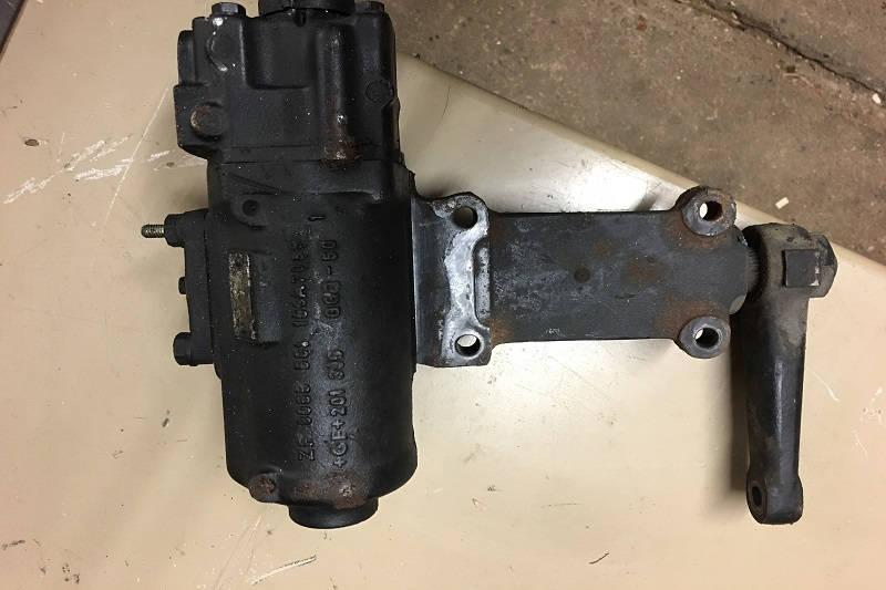 Safari Engineering Land Rover Specialist Hampshire – Second Hand ZF Power Steering Box to fit Range Rover P38 4 6 / 4 0L Petrol - 8076974102