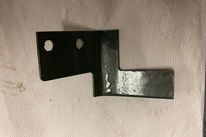 Safari Engineering Land Rover Specialist Hampshire Eversley – Bench Seat Mounting Bracket O/S/R - Land Rover Series 2 Series 2A & Series 3 - 333293