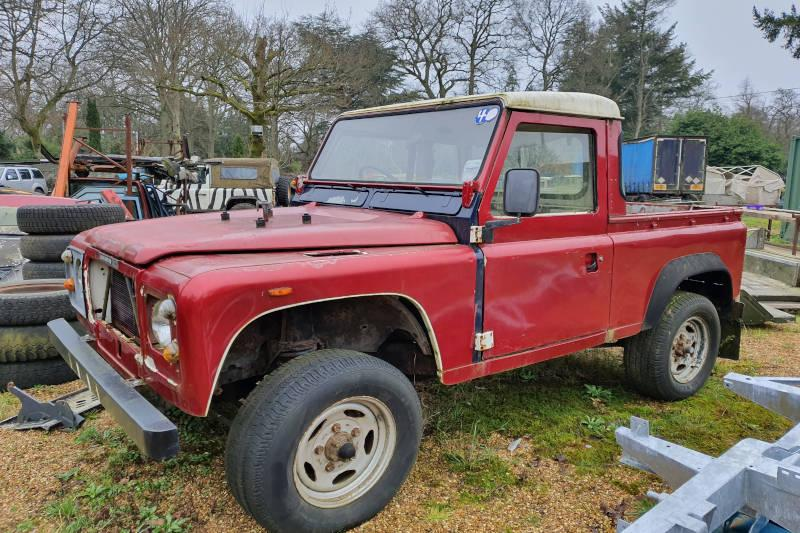 land-rover-90-red-for-sale-hampshire